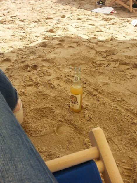 Kleine Erfrischung zwischendurch auf dem Tempelhofer Strand :)